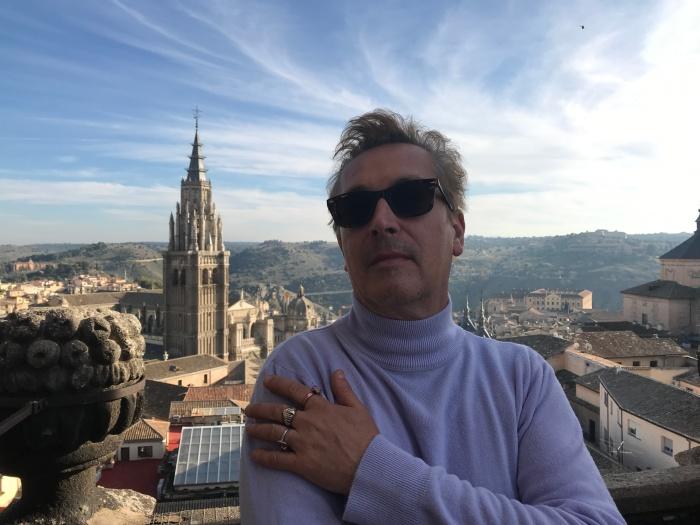 Bendito mandamiento impresionista: Fernando Naporano   Traducción de ElíasAlipi