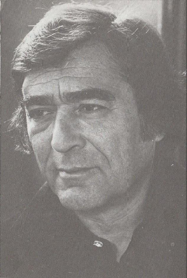 Somlyó György | Fábula del acto deescribir